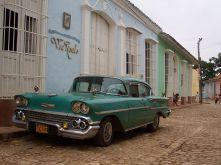 800px-Car_in_Trinidad_Cuba