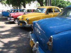 800px-Cuban_cars