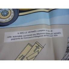 foulard-hermes-intitule-lelegance-et-le-confort-en-automobile