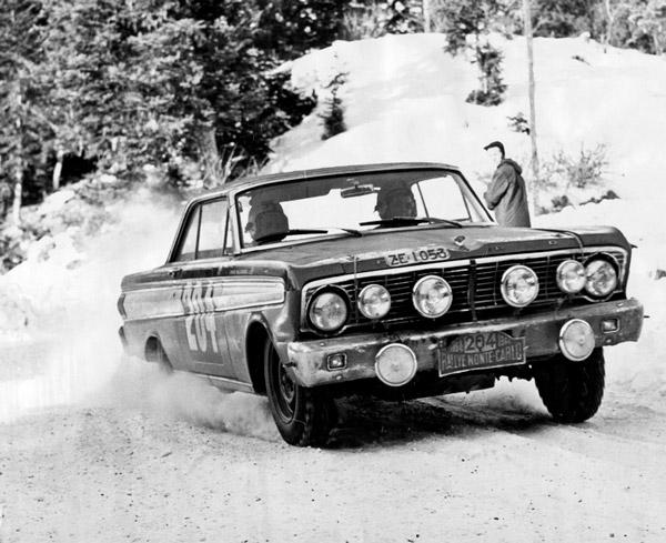 In-Ford-Falcon-Mopnte-Carlo-Rallye-1964-600
